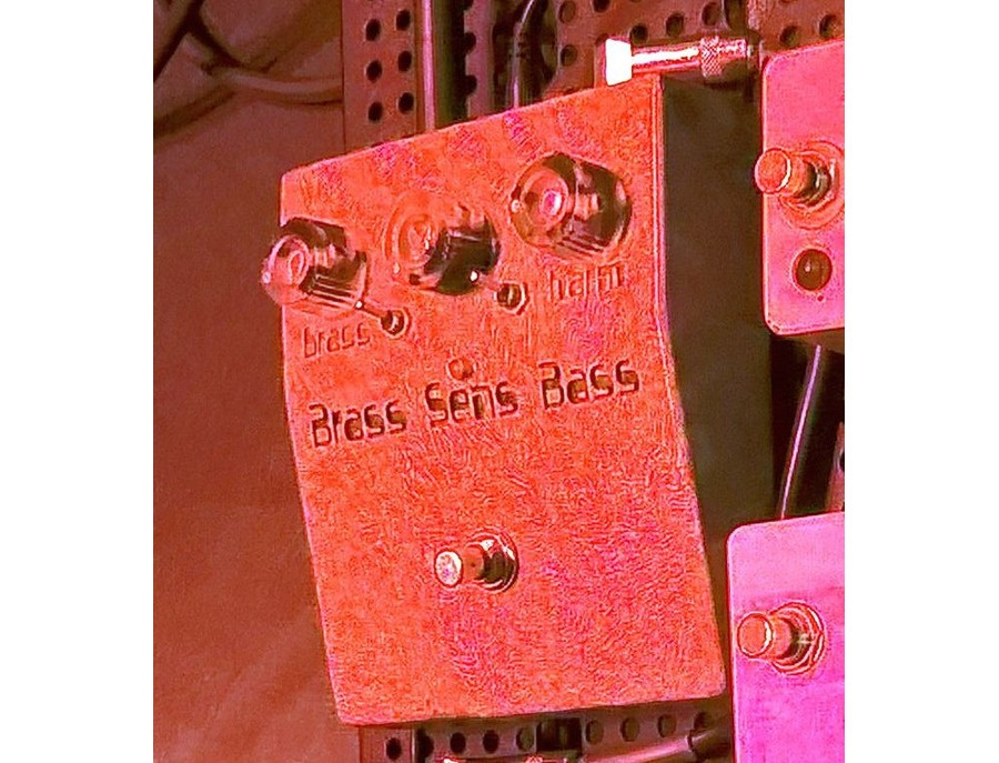 General guitar gadgets maestro brass master xl