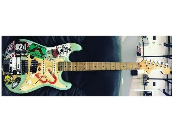 """Fernandes """"Blue"""" Stratocaster"""
