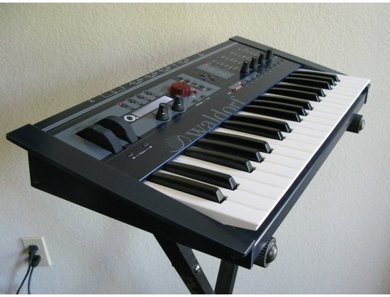 Waldorf Micro Q Keyboard Synthesizer