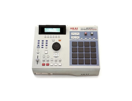 Akai MPC 2000XL