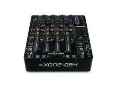 Allen heath xone db4 dj mixer s