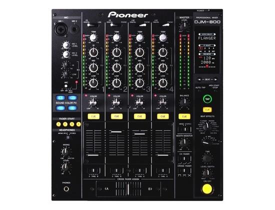 Pioneer DJM-800 Mixer