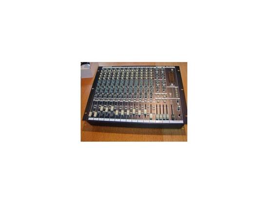Behringer Eurorack MX2642A