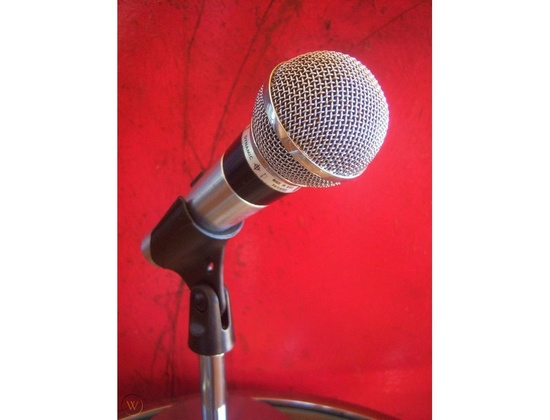 Vintage-1970s-Shure-Brothers-565sd_Microphone
