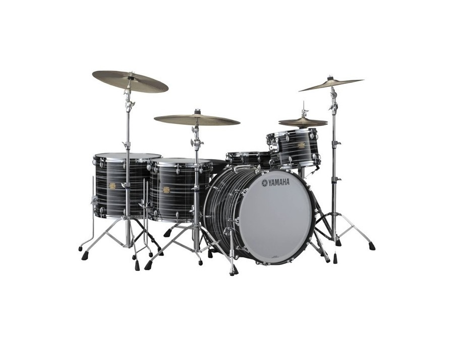 Yamaha Club Custom in Black Swirl