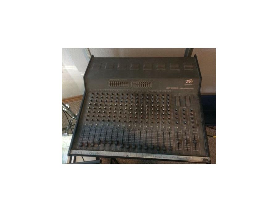 Peavey xr1600c powered mixing board xl