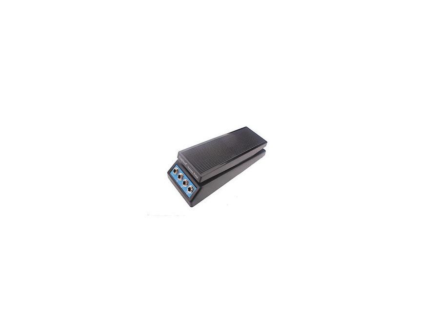 Daphon Stereo Volume Pedal