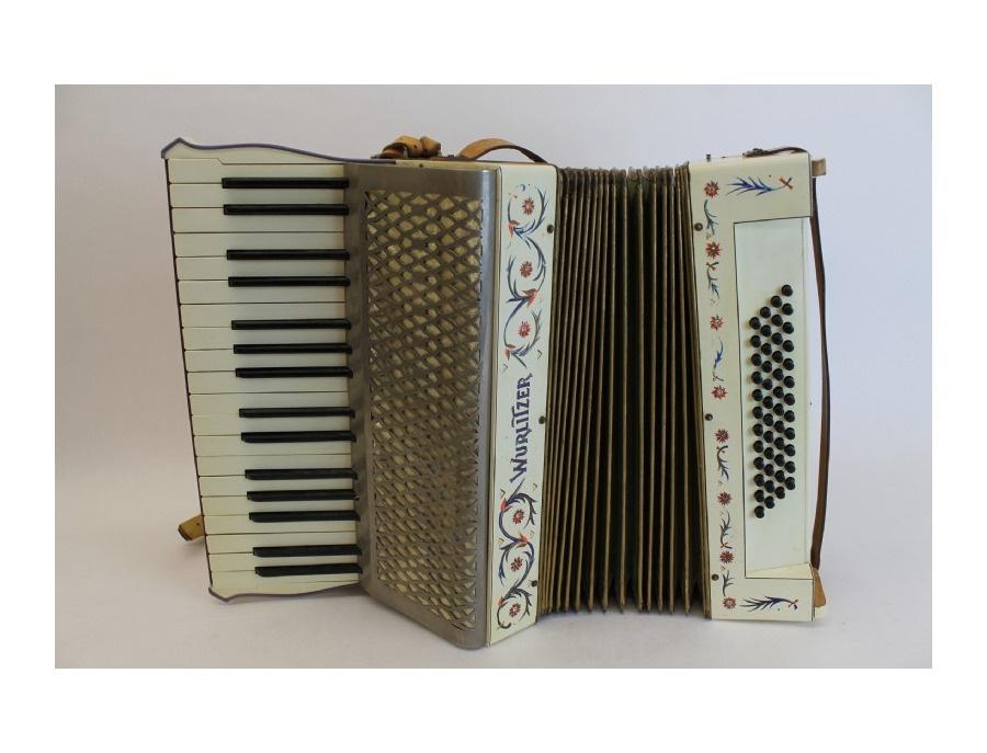 Wurlitzer 48 bass accordion xl