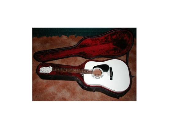 Fender Gemini IV White Lacquer Acoustic Guitar