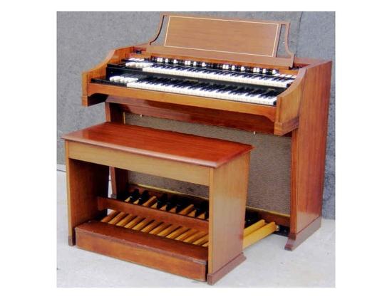 Hammond A-100 Organ