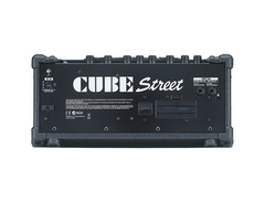 Roland cube street battery powered stereo guitar combo amp 02 s