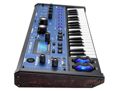 Novation mininova 02 s