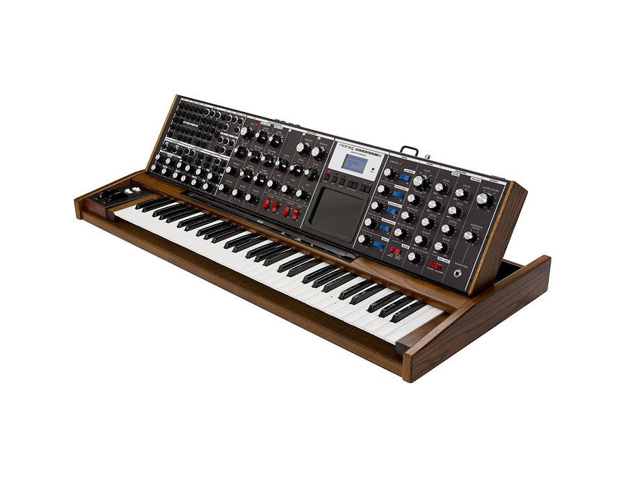 Moog minimoog voyager xl synthesizer 00 xl