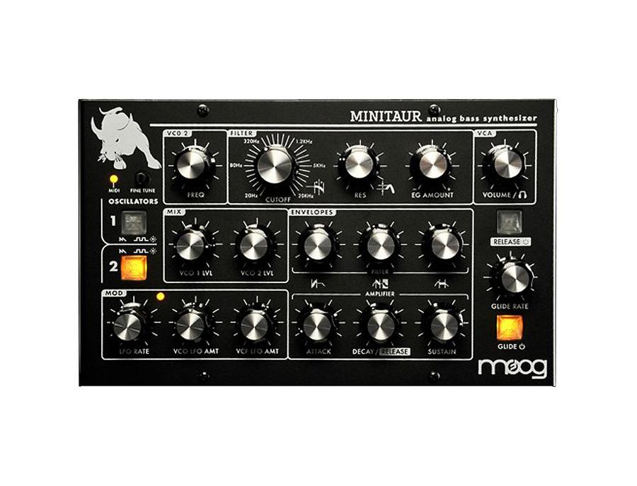 Moog minitaur analog bass synthesizer 00 xl
