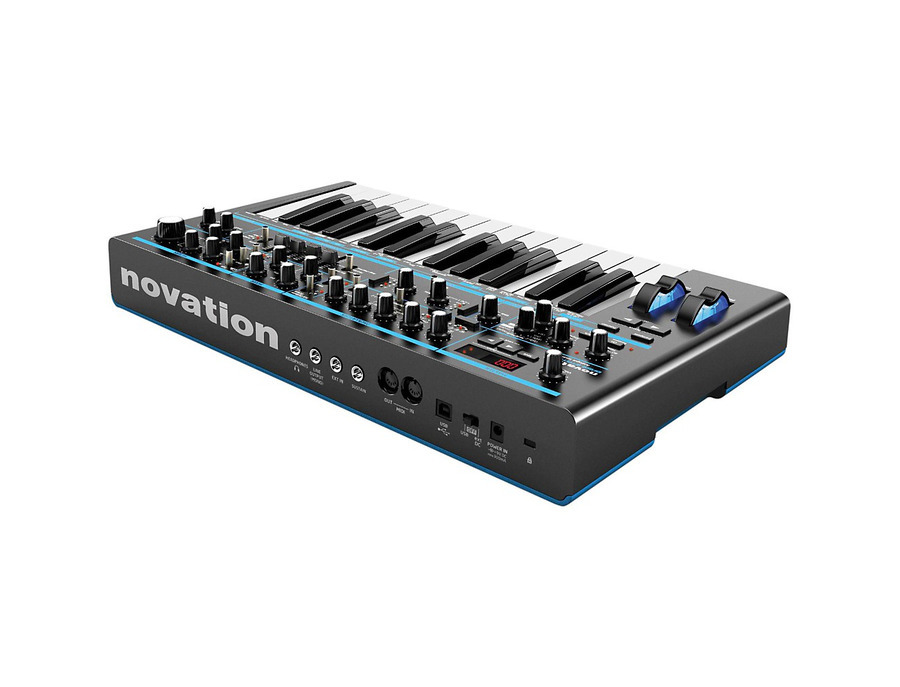 Novation bass station ii analogue mono synth 01 xl