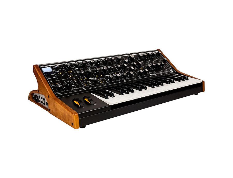 Moog sub 37 paraphonic analog synthesizer 00 xl