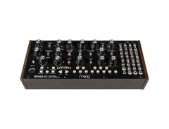 Moog mother 32 02 s