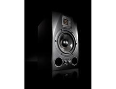 Adam audio a7x powered studio monitor 02 s