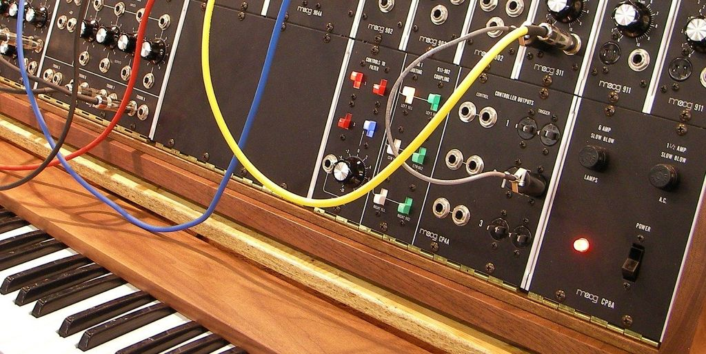 Top 5 Synthesizers - Updated October 2016