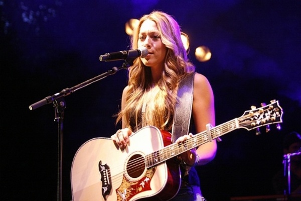 Colbie Caillat's Gibson Doves in Flight