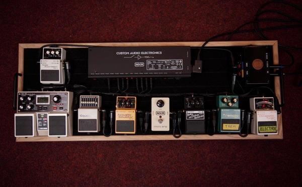 Joe Newman's MXR Custom Audio Electronics MC-403 Power Distributor