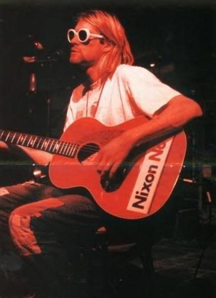Kurt Cobain's Epiphone FT-79 Texan