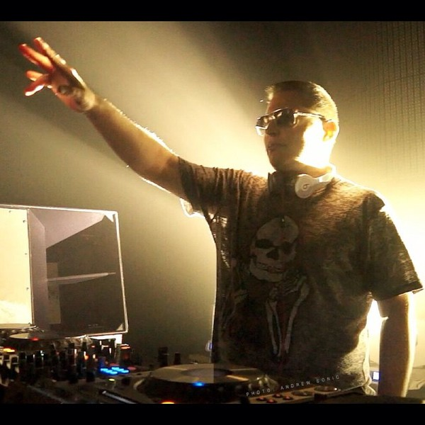 Scott Storch's Pioneer CDJ-2000 Nexus