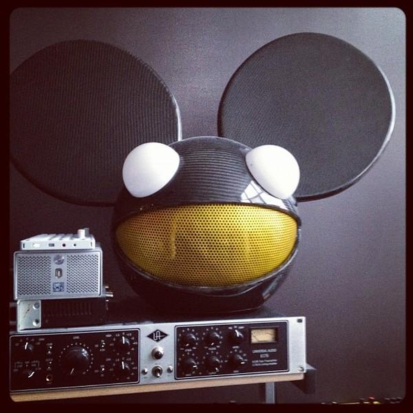 Deadmau5's Universal Audio 2-1176 Twin Vintage Limiting Amplifier