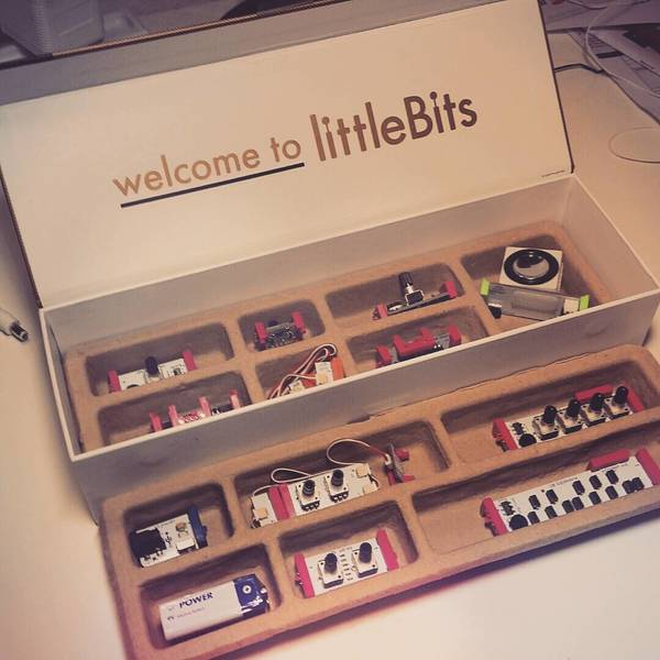 Virtual Riot's Korg LittleBits Synth Kit