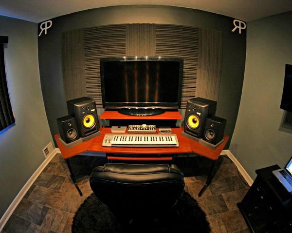 Riggi & Piros's M-Audio Keystation 49es MIDI Controller