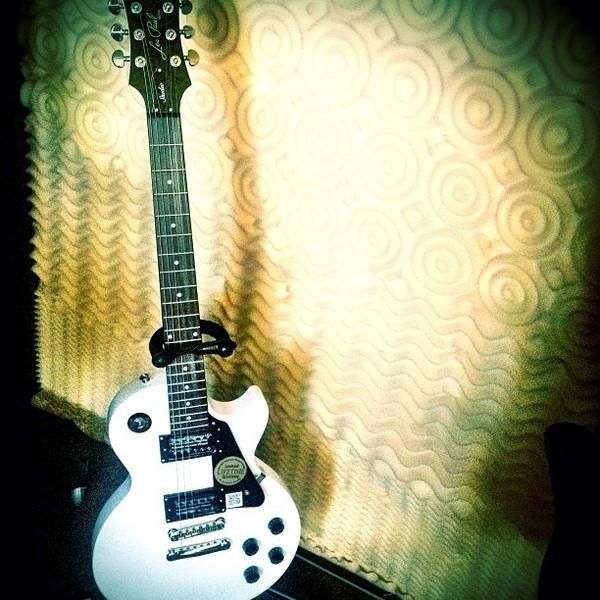 Deorro's Gibson Les Paul Studio Electric Guitar