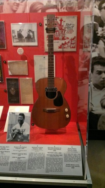 Muddy Waters's Martin 00-18E Acoustic-Electric Guitar