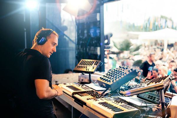 Paul van Dyk's V-Moda Crossfade M-100 Over-Ear Noise-Isolating Headphone