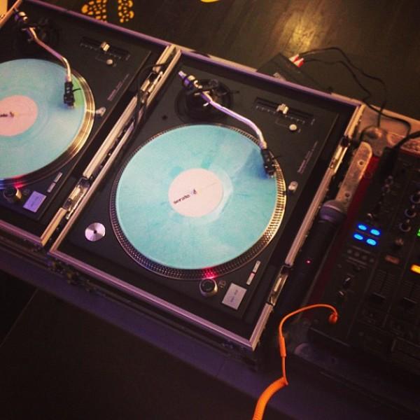 Questlove's Pioneer DJM-800 Mixer