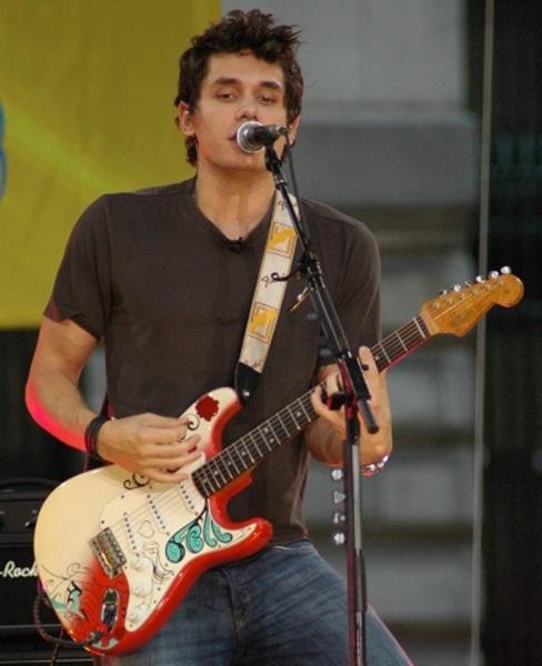 John Mayer S Fender Monogrammed Strap Yellow Equipboard 174