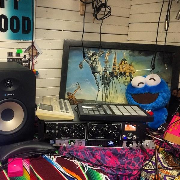 Kimbra's Universal Audio LA-610 Mk II