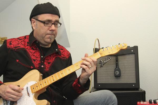 Greg Koch's Fender Mustang I V2