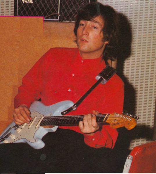 John Lennon S 1962 Fender Stratocaster Sonic Blue