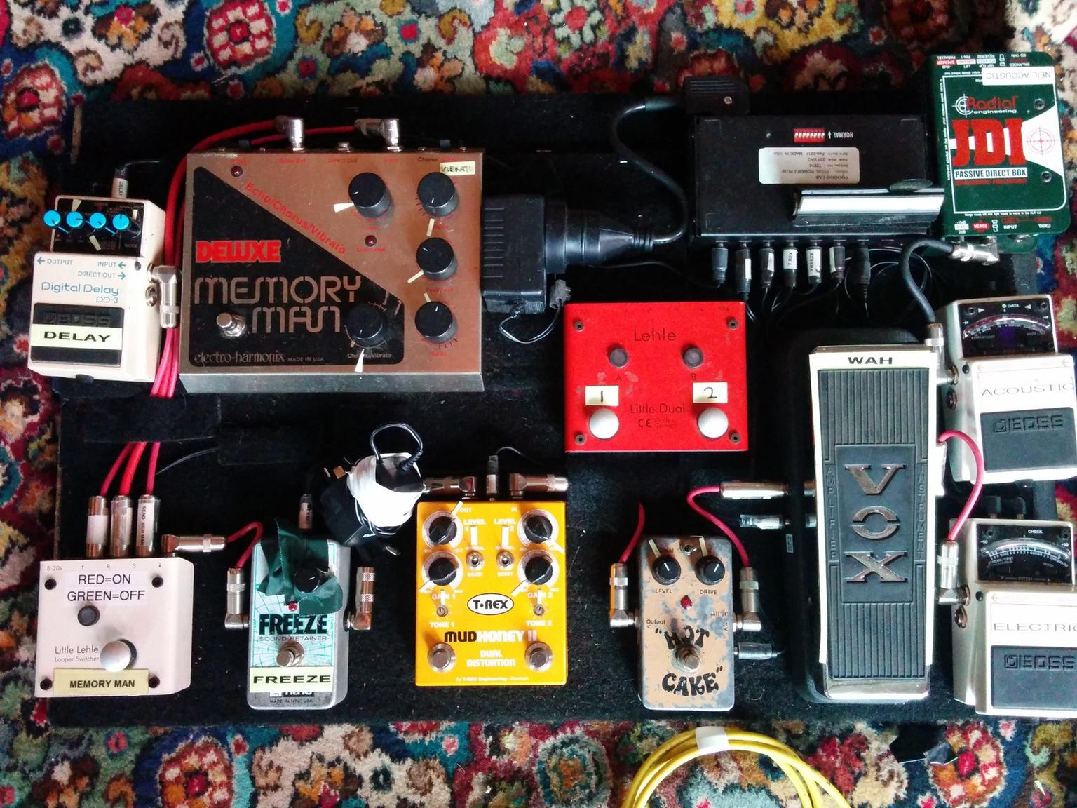 Electro Harmonix Deluxe Memory Man Delay Pedal With Chorus And Vibrato