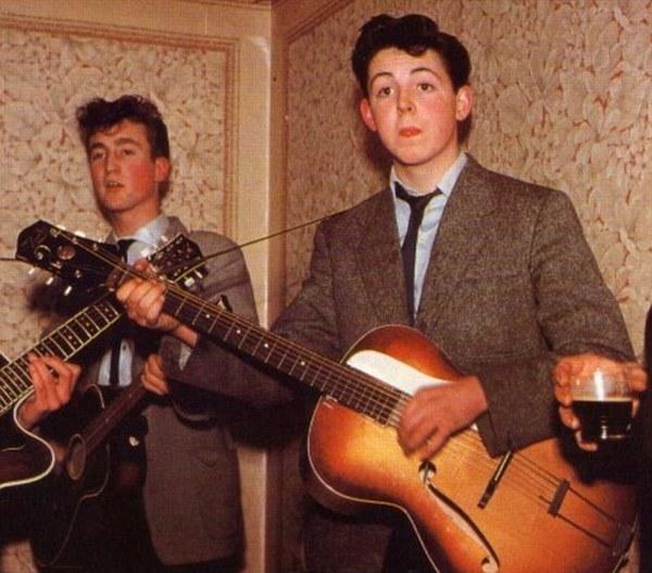 Paul McCartney's Epiphone Zenith Model 17