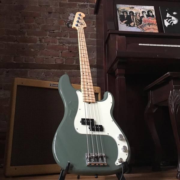 david desrosiers 39 s fender vintage reissue 39 59 bassman ltd 4x10 guitar combo equipboard. Black Bedroom Furniture Sets. Home Design Ideas