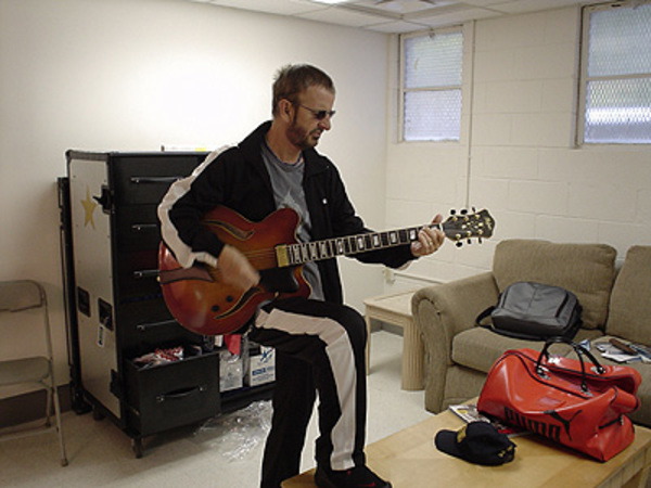 Ringo Starr's Höfner Verythin Special