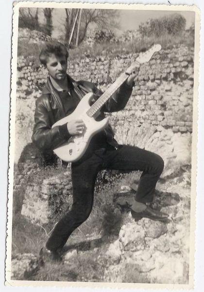 Ringo Starr's Fender Stratocaster Electric Guitar