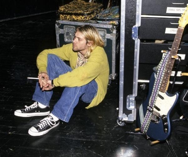 kurt cobain converse chuck taylor