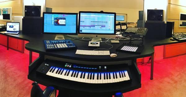 Robin Schulz's Apple Wireless Keyboard