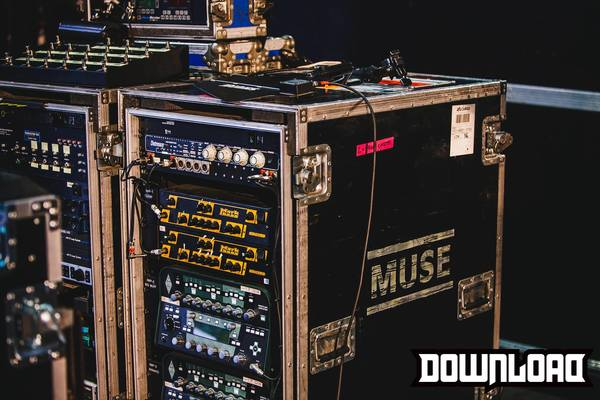 Chris Wolstenholme's Kemper Profiler Rack Guitar Amp System