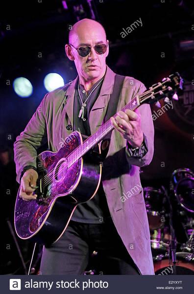 Simon Townshend's Gibson Billie Joe Armstrong J-180 Acoustic Guitar