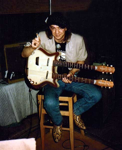 Stevie Ray Vaughan's Danelectro Doubleneck Baritone/Standard