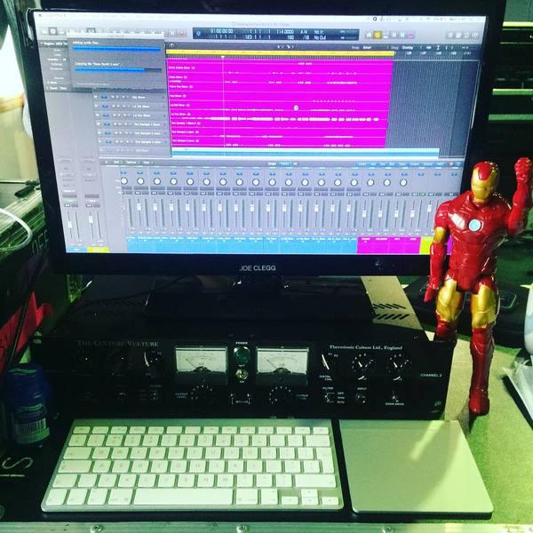Ellie Goulding's Apple Logic Pro