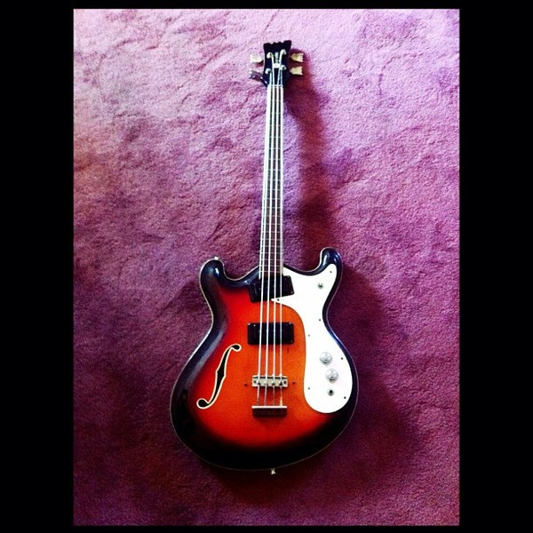 Alain Johannes's Mosrite Ventures bass